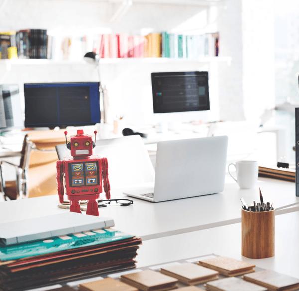 robot-on-desk